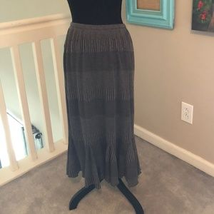 Cato Gray Black Skirt with Subtle Stripes Ruffle